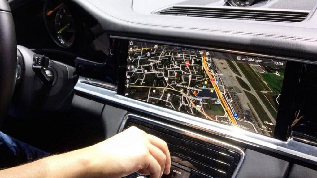 Poste autoradio GPS
